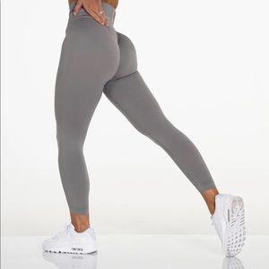 Updated - Nvgtn seamless leggings